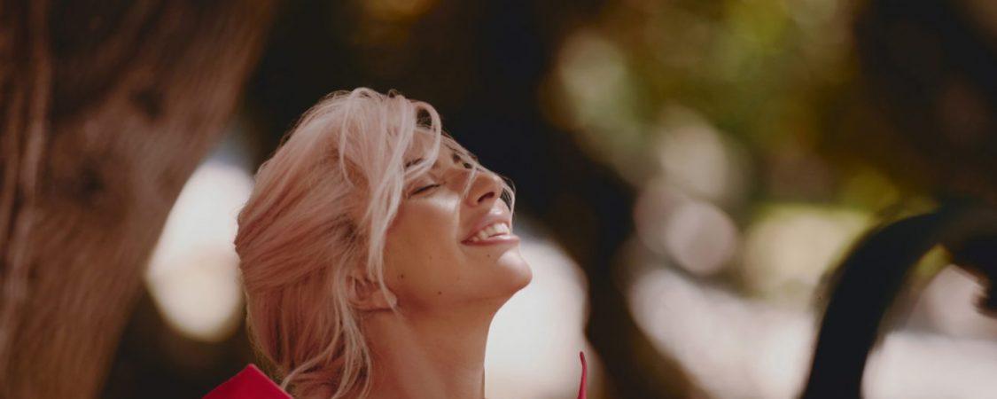 Comercial de Lady Gaga para 'Voce Viva' de Valentino